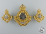 An Officer's Lincoln & Welland Regiment Insignia Set
