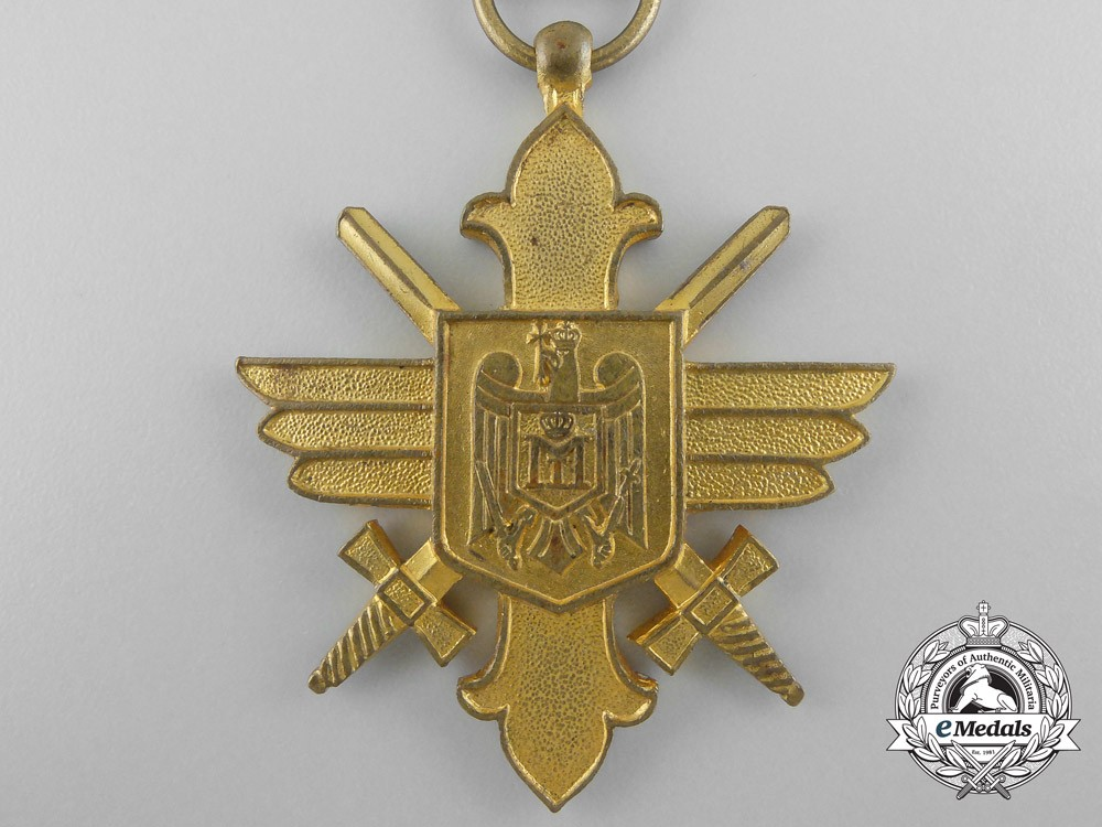 A romanian air force bravery decoration 1st class air for Decor 6 form air force