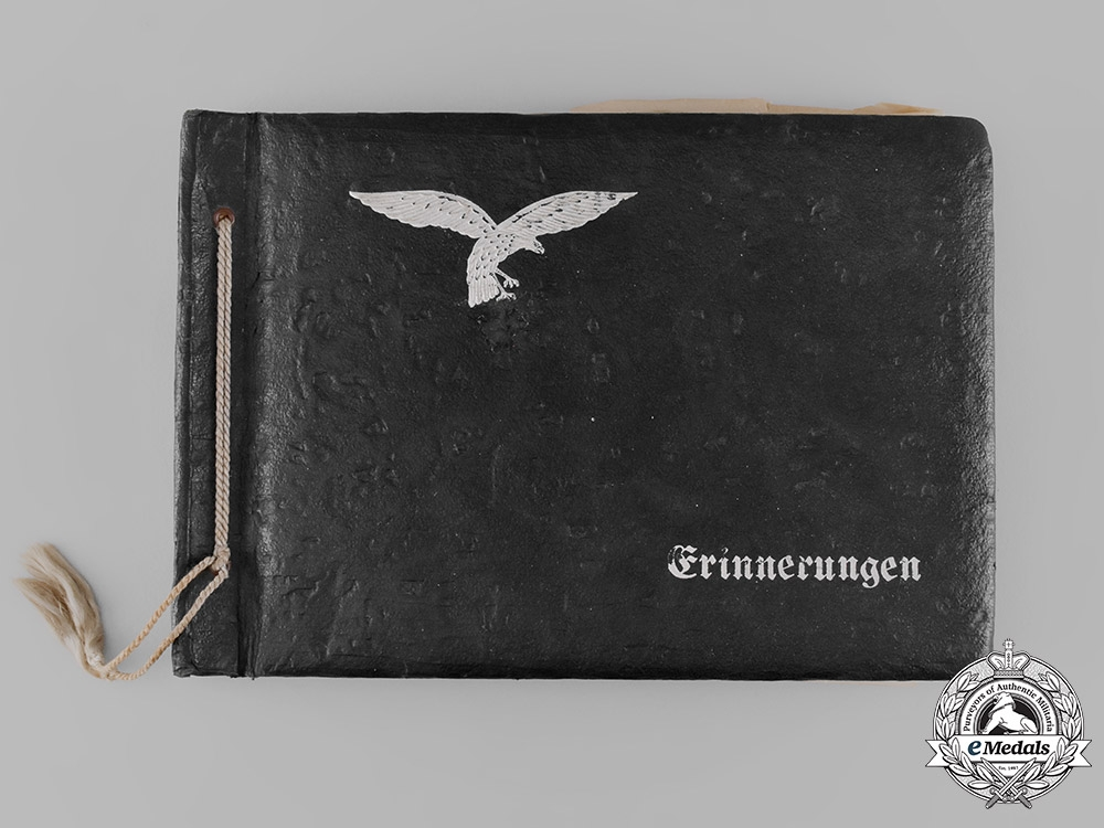 eMedals-Germany, Heer. A Wartime Photo Album, c.1940