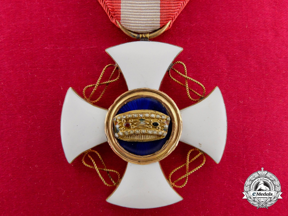 eMedals-An Italian Order of the Crown in Gold; 5th Class with Case