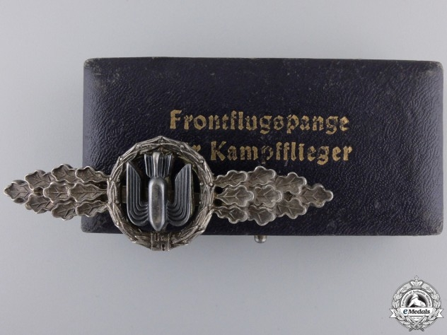 eMedals-A Silver Grade Luftwaffe Bomber Squadron Clasp with Case
