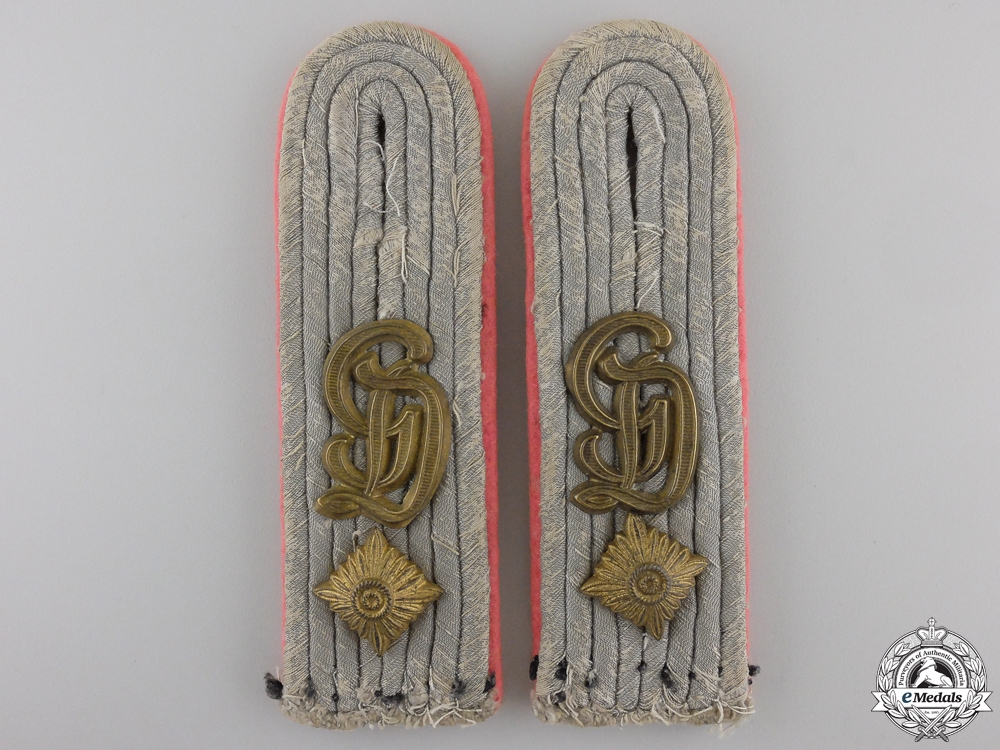 eMedals-A Pair of Großdeutschland Panzer-Regiment Shoulder Boards