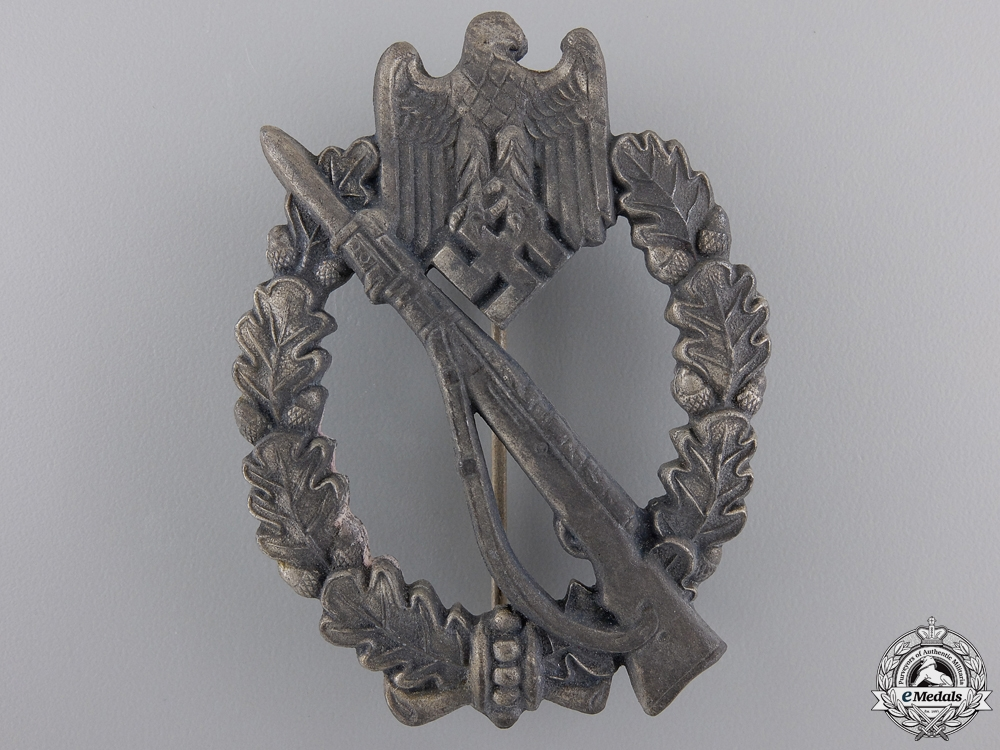 eMedals-A Silver Grade Infantry Badge by GR. & Co.