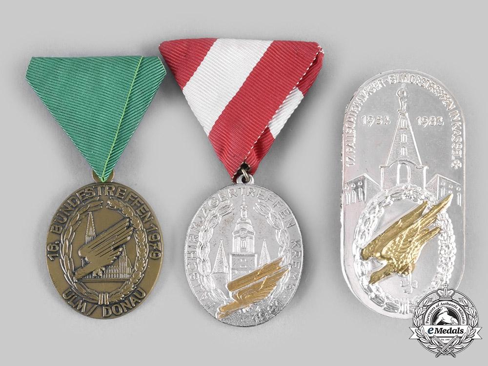 eMedals-Germany, Federal Republic. A Lot of Fallschirmjäger Veterans Meeting Badges