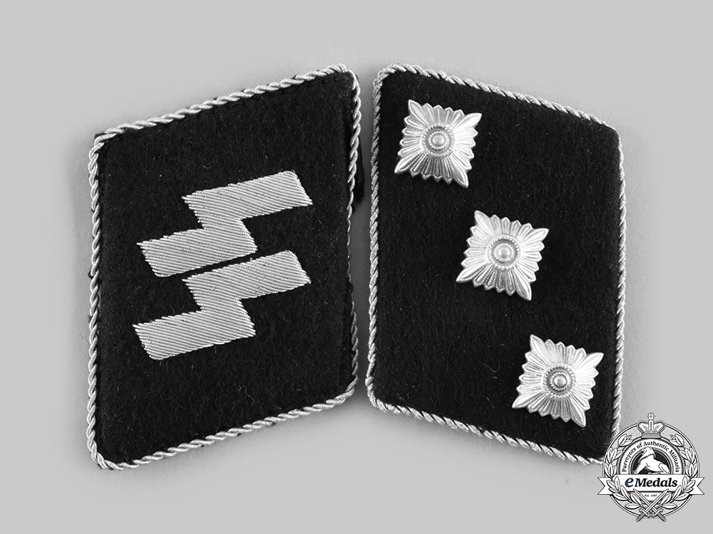 eMedals-Germany, SS. A Set of Waffen-SS Sturmführer Collar Tabs
