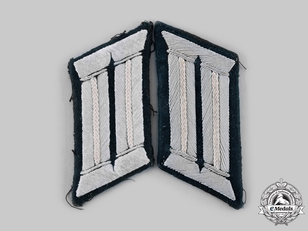 eMedals-Germany, Heer. A Pair of Infantry Officer Collar Tabs
