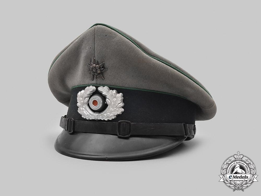 eMedals-Germany, Heer. A Gebirgsjäger NCO's Peaked Visor Cap, by Georg Braun
