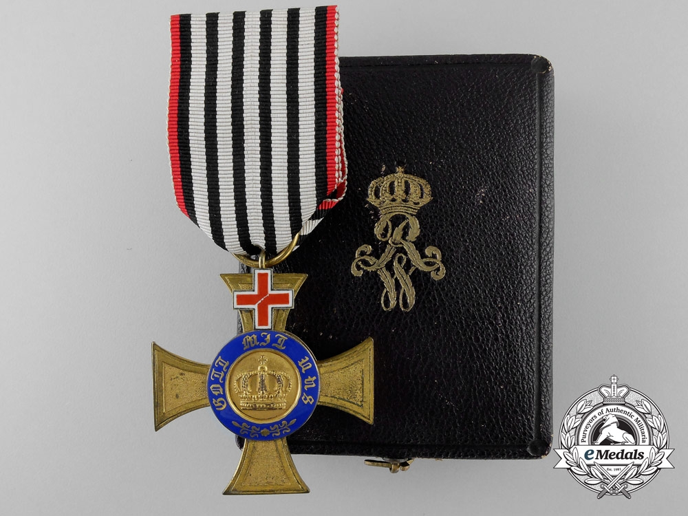 eMedals-Prussia. An Order of the Crown 1872-1874; 4th Class with Geneva Cross & Case