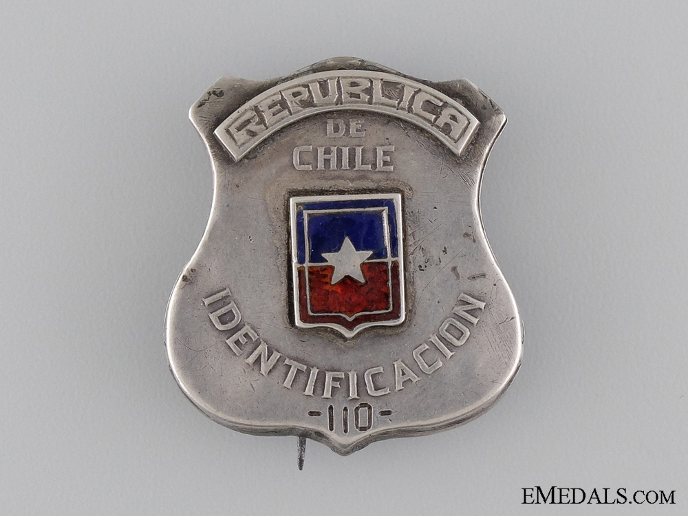 eMedals-A 1920's Republic of Chile Police Badge