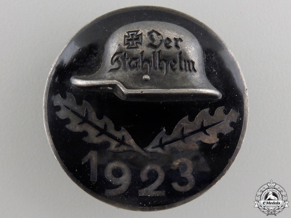 eMedals-A 1923 Stahlhelm Membership Badge in Silver