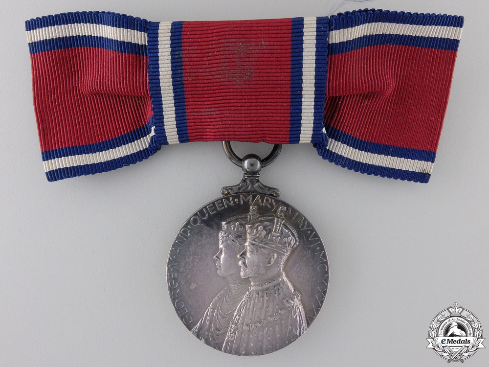 eMedals-A 1935 Jubilee Medal; Ladies Bow