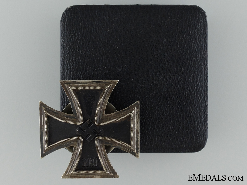 eMedals-A 1939 First Class Iron Cross; Marked L/58; Cased