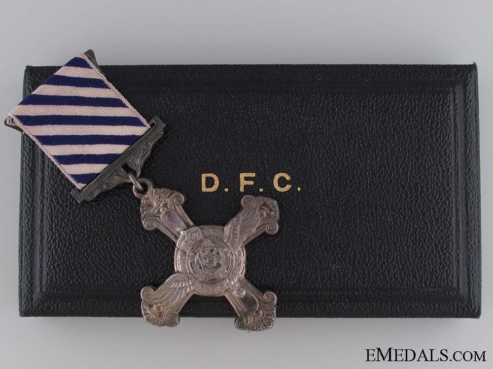 eMedals-A 1942 Distinguished Flying Cross in Cased
