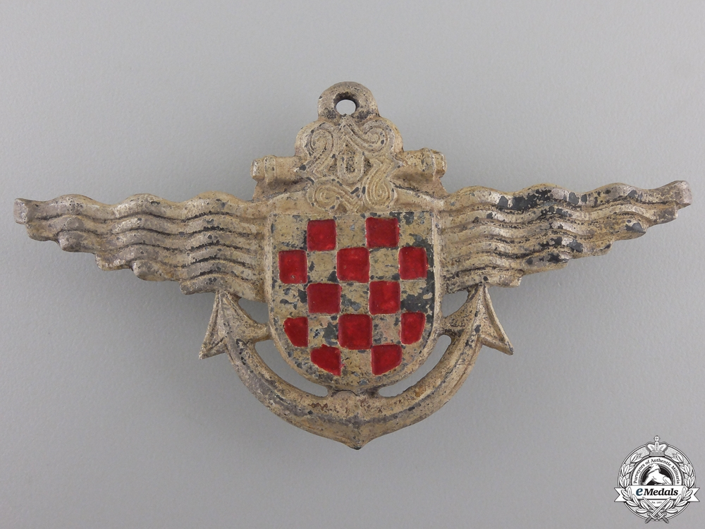 eMedals-A 1944 Pattern Croatian Naval Breast Badge