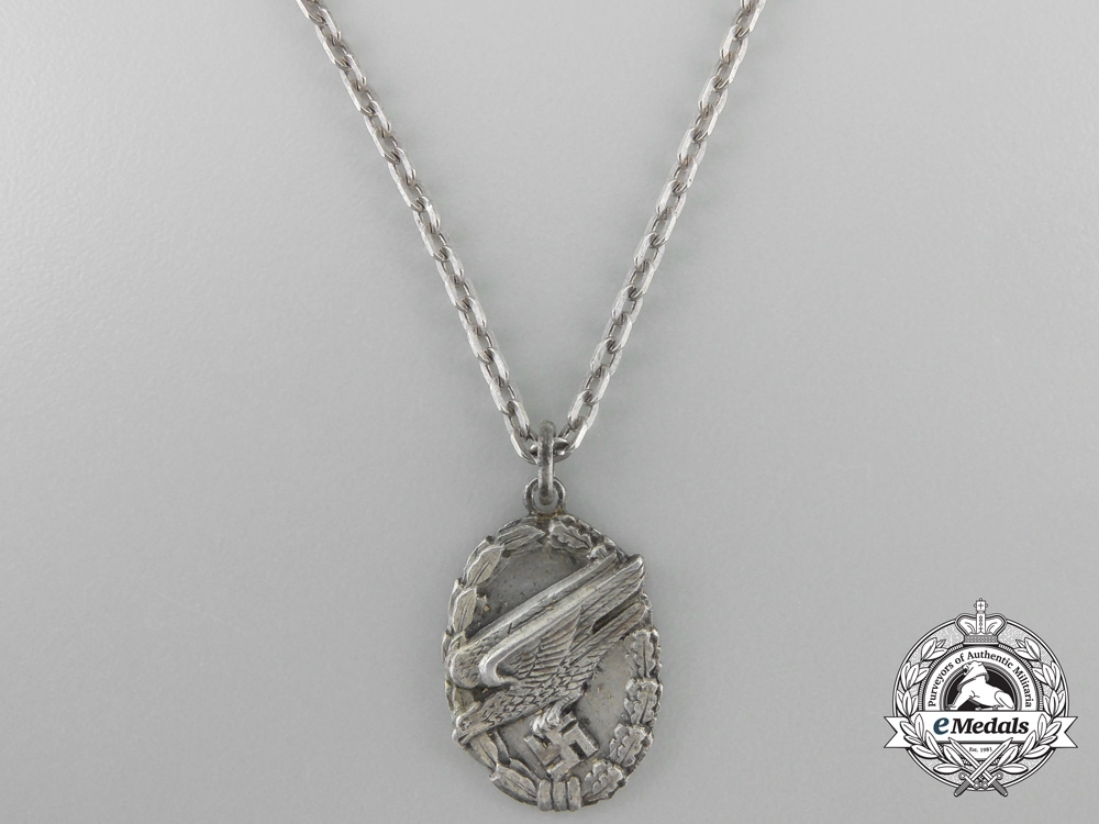 eMedals-A Fallschirmjäger Loyalty Chain
