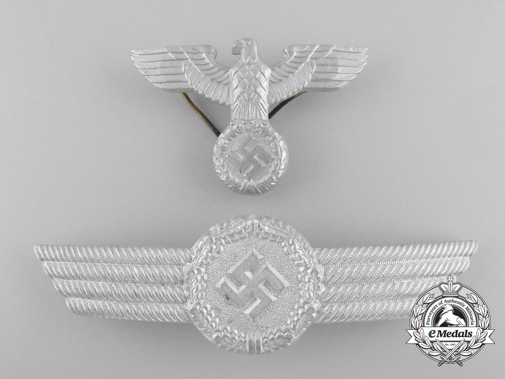 eMedals-Germany, Luftwaffe. A Civil Employee Officer's Visor Cap Insignia