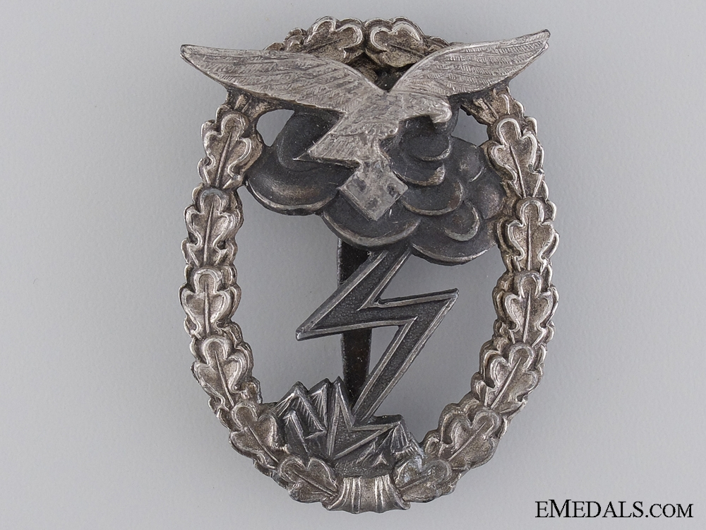 "eMedals-A  Ground Assault Badge; Marked ""M.u.K. 5"""