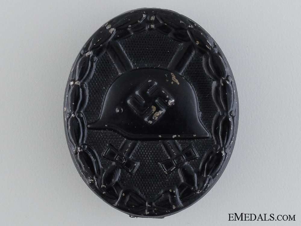 eMedals-A Black Grade Second War Wound Badge