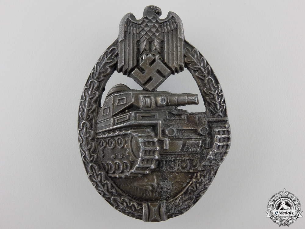 eMedals-A Bronze Grade Tank Assault Badge by Maker EWE