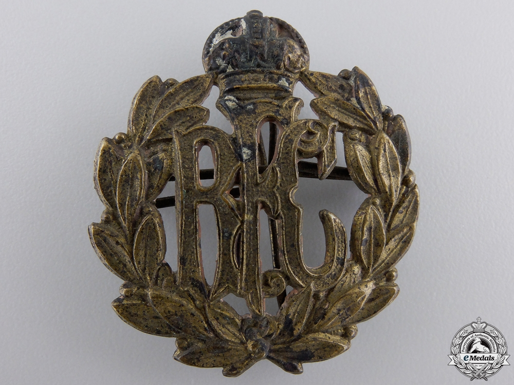 eMedals-A Canadian Made First War Royal Flying Corps (RFC) Cap Badge