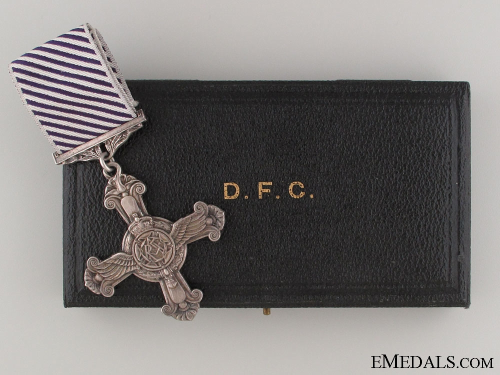 eMedals-A Cased 1945 Distinguished Flying Cross