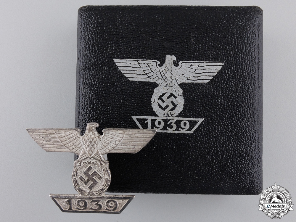 eMedals-A Cased Clasp to the Iron Cross 1939; First Class