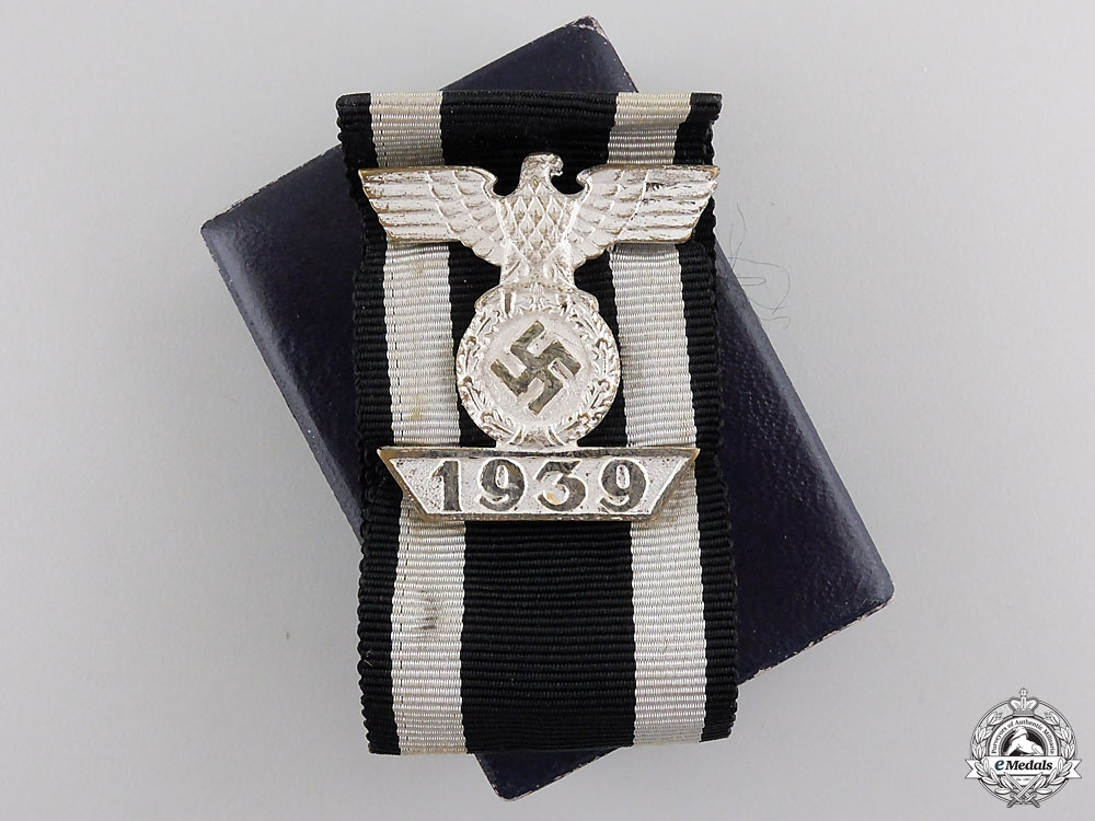 eMedals-A Cased Clasp to Iron Cross Second Class