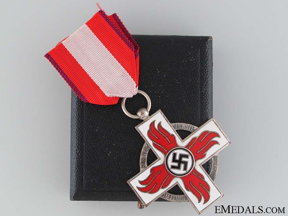eMedals-A Cased Fire Brigade Cross 2nd Class