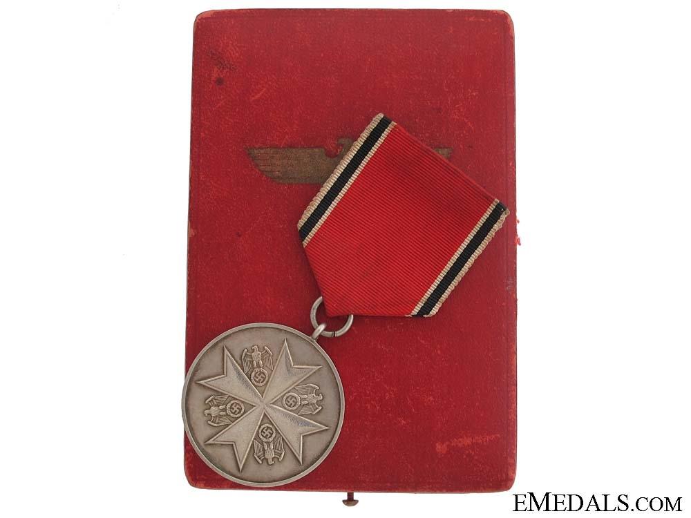 eMedals-A Cased German Eagle Order Merit Medal