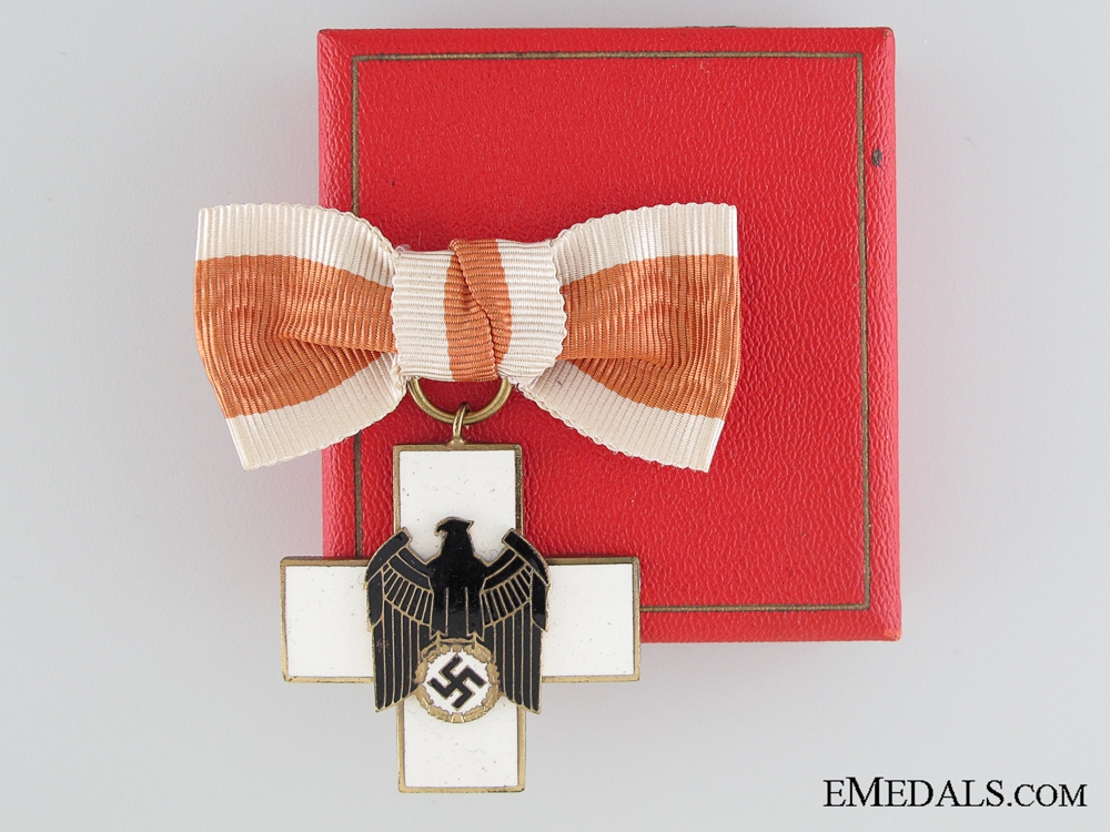 eMedals-A Cased German Social Welfare Decoration