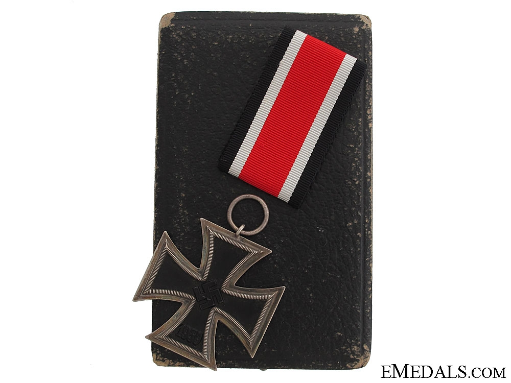 eMedals-A Cased Iron Cross 2nd Class 1939 - RK Type