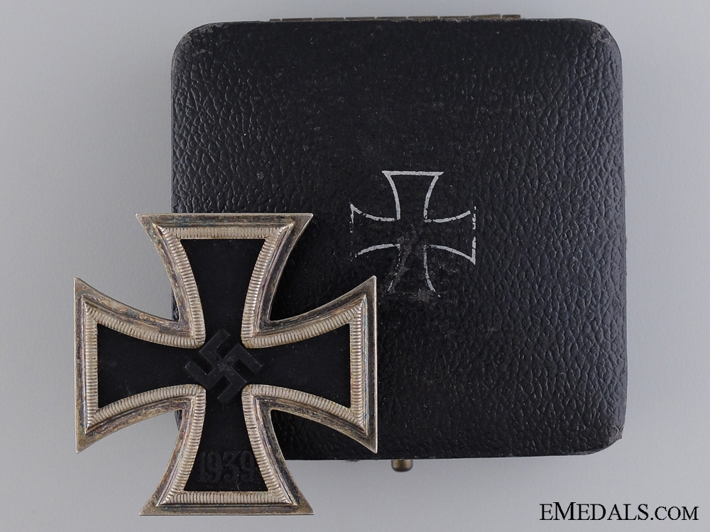eMedals-A Cased Iron Cross First Class by Klein & Quenzer