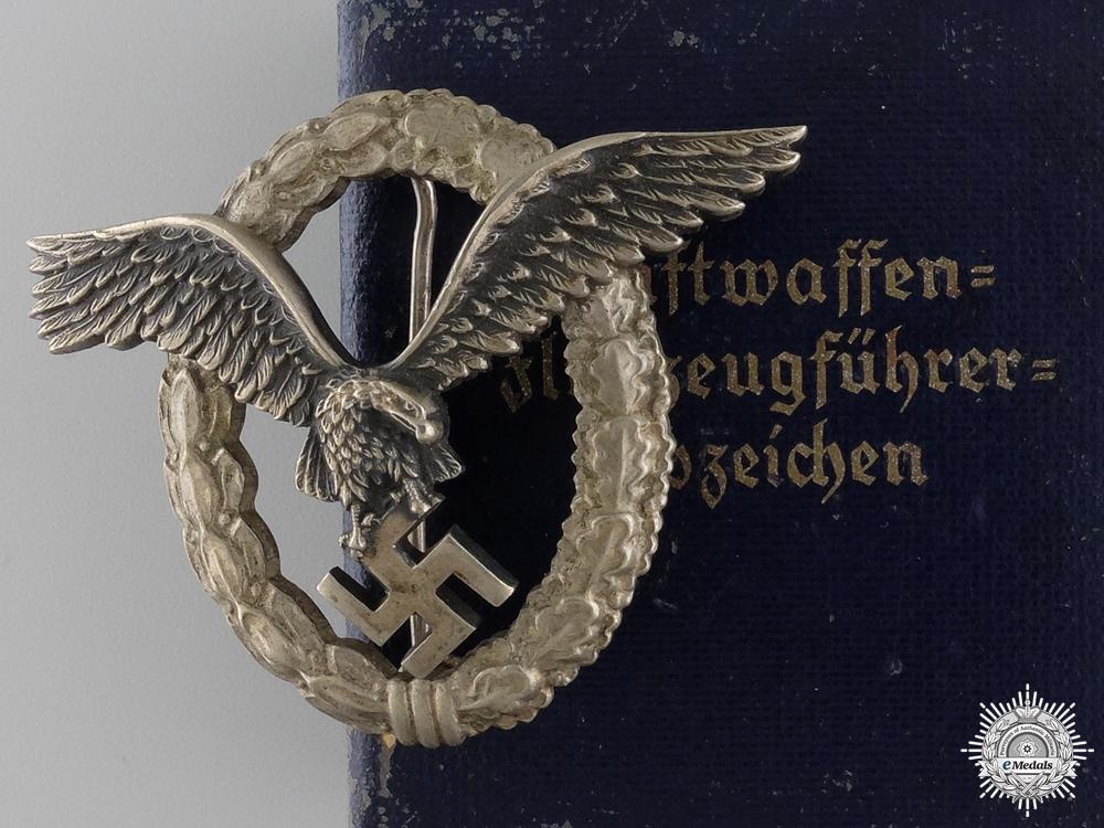eMedals-A Cased Luftwaffe Pilot's Badge by Assmann