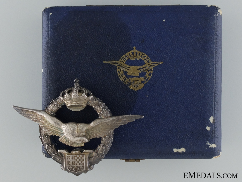 eMedals-A Cased Royal Yugoslav Pilot's Badge by Kovnica Sorlini, Varaždin