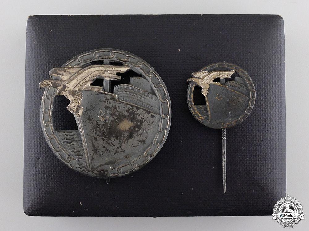 eMedals-A Cased Set of Blockade Runner Badges by Schwerin