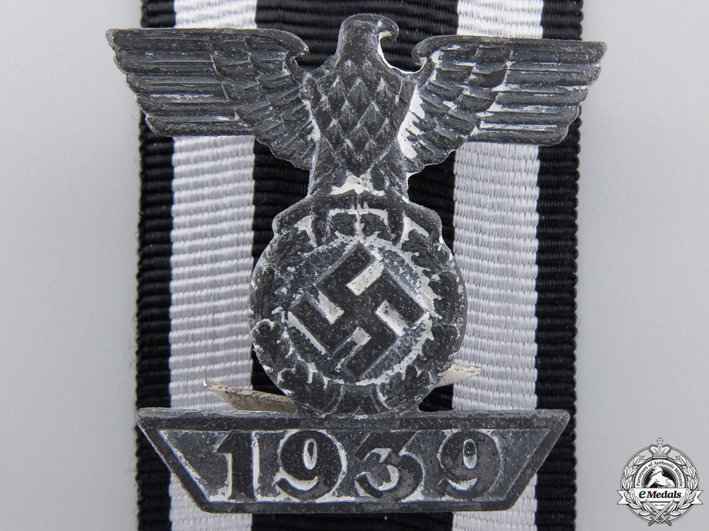 eMedals-A Clasp to Iron Cross 2nd Class 1939 by Wilhelm Deumer