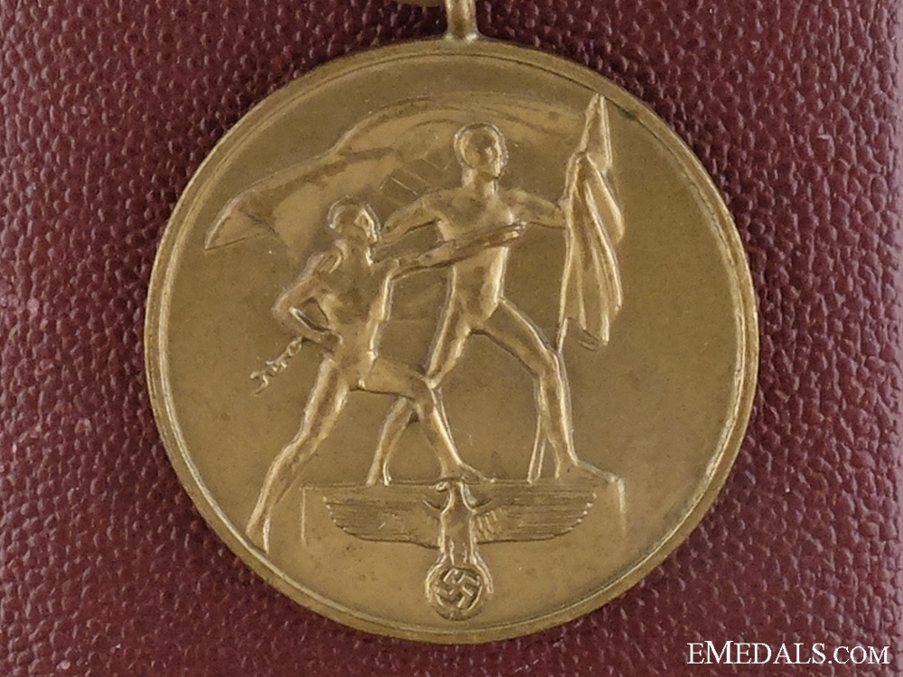 eMedals-A Commemorative Medal October 1. 1938 with Case