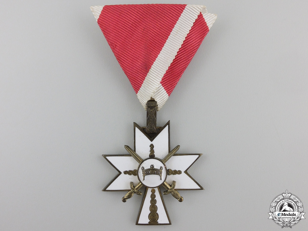 eMedals-A Croatian Order of King Zvonimir's Crown with Swords; 3rd Class