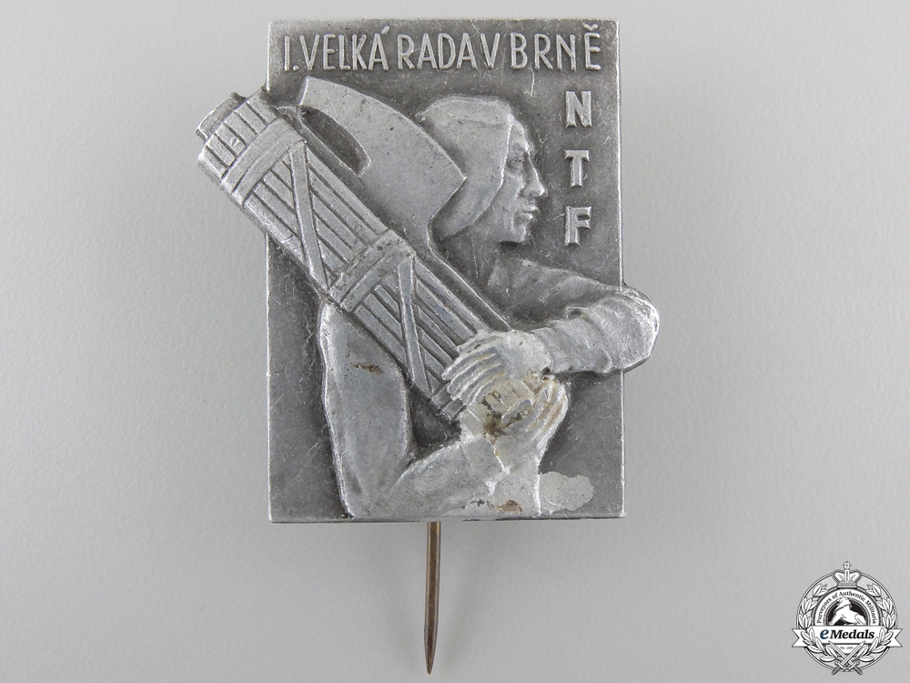 eMedals-A Czechoslovakian National Fascist Camp (NTF) at Brno Badge