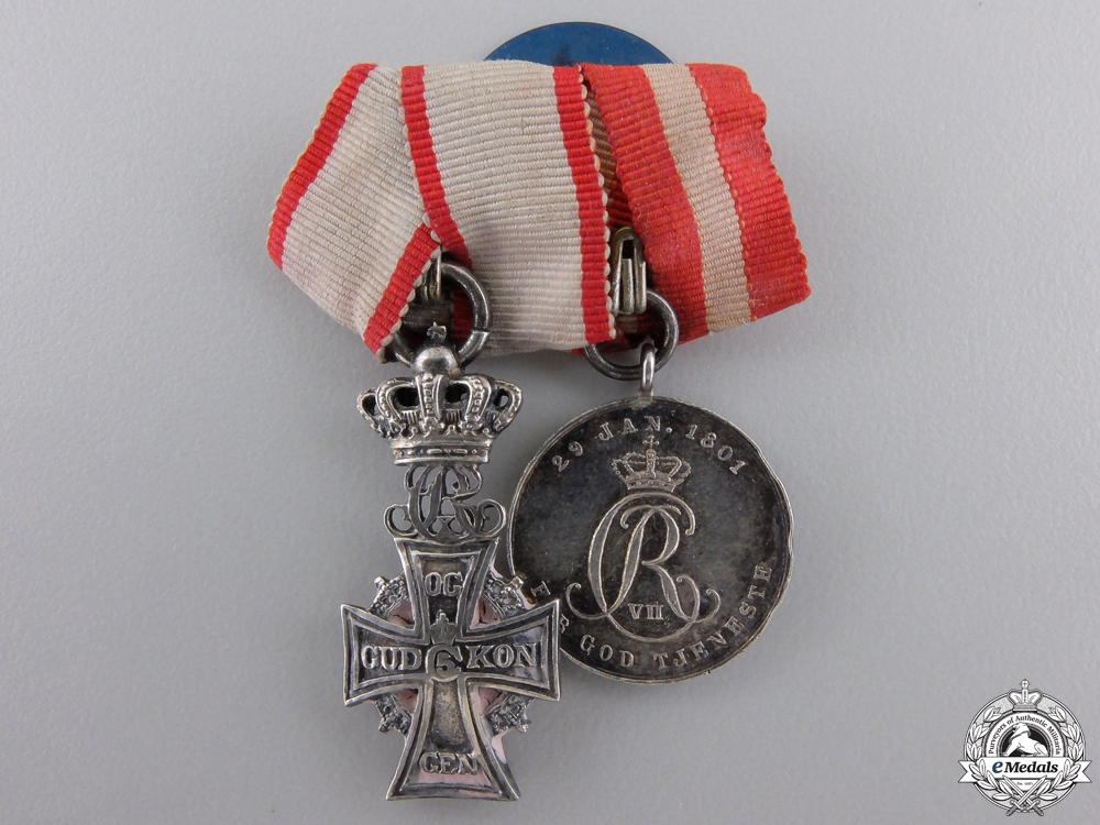 eMedals-A Danish Order of the Dannebrog Miniature Pair