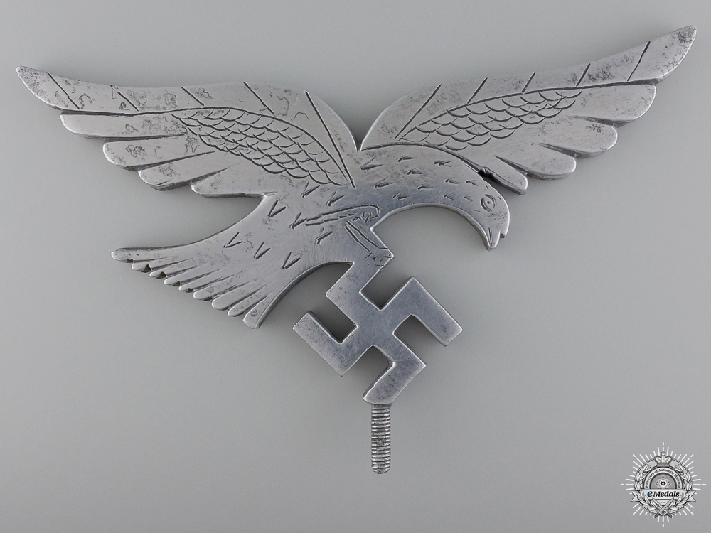 eMedals-A Field Made Luftwaffe Flag Top Eagle