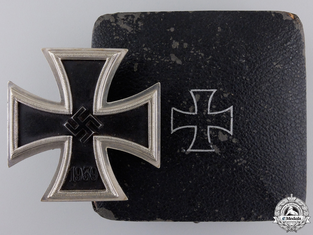 eMedals-A Fine Iron Cross First Class 1939 by Godet with Case