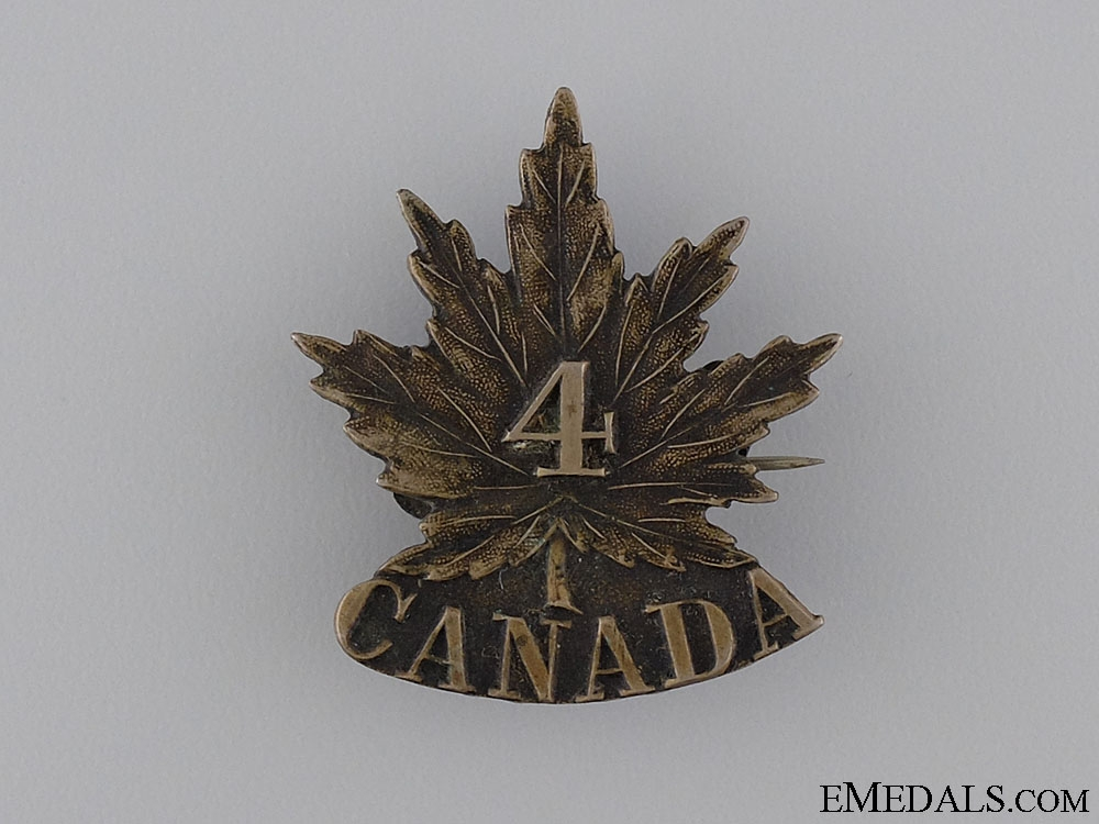 eMedals-A First War 4th Infantry Battalion Cap Badge CEF