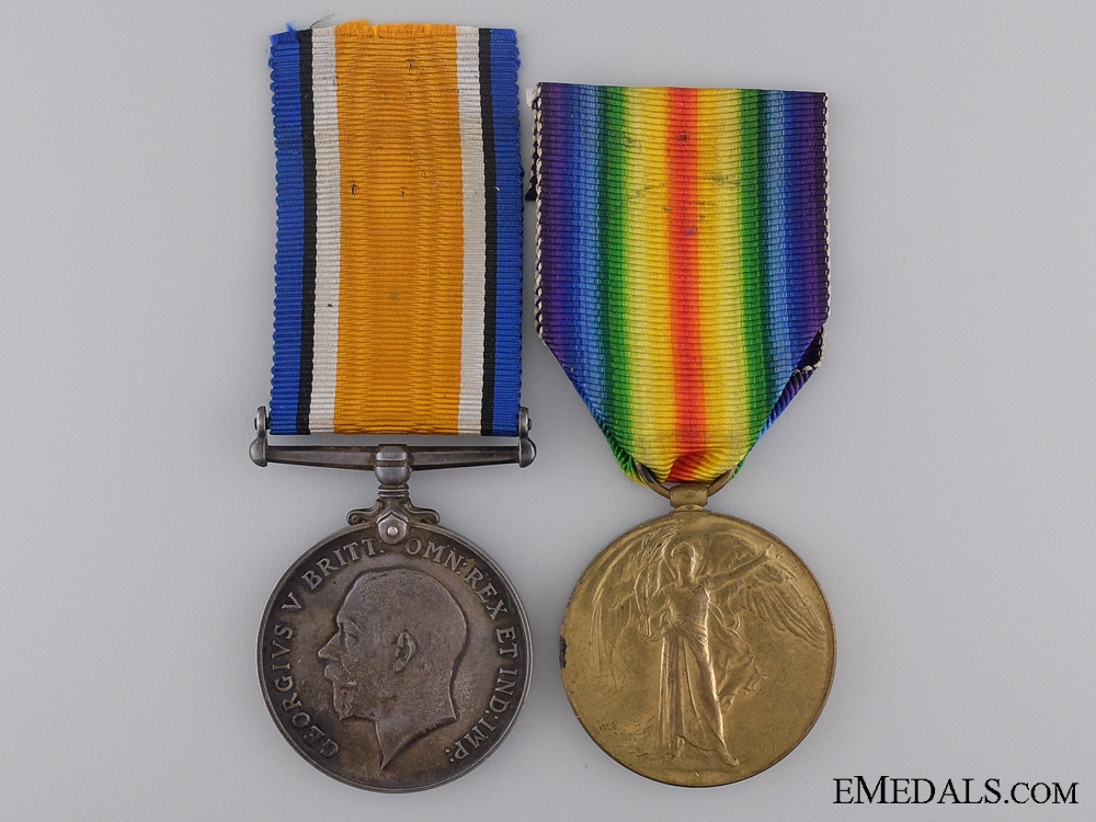 eMedals-A First War Canadian Pair to Captain Mac Lennan C.A.M.C.  Consign: 17
