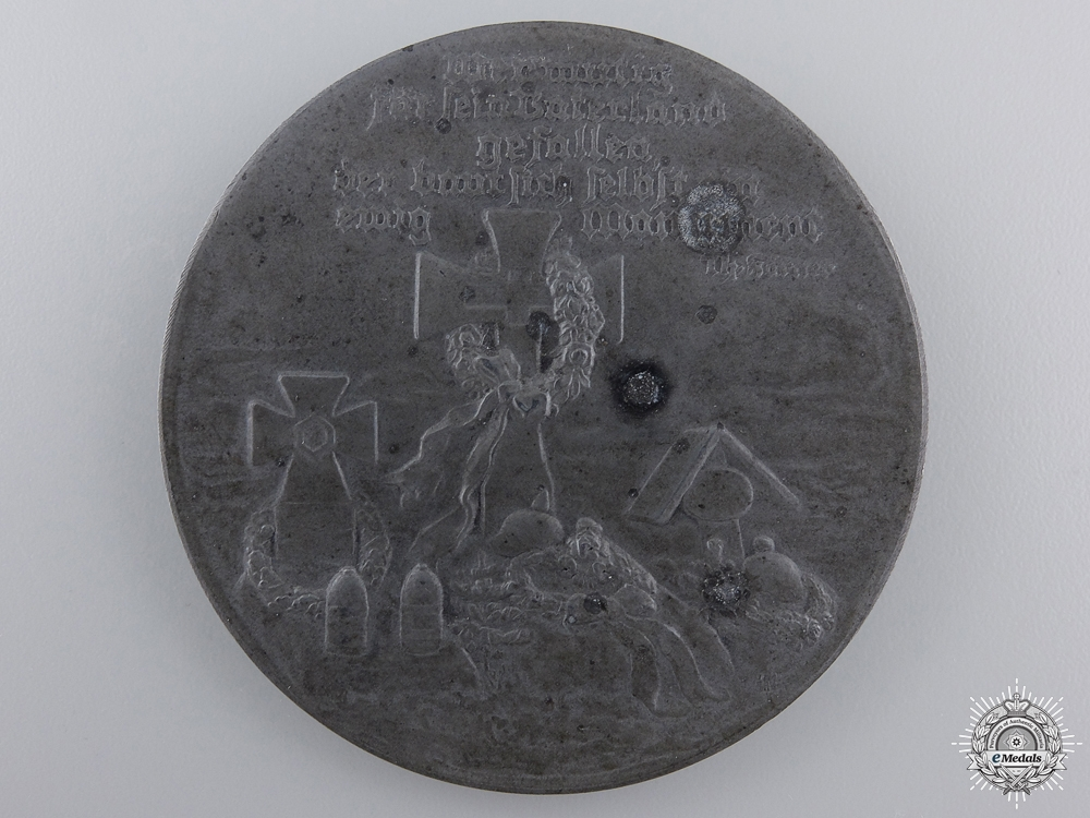 eMedals-A First War German Memorial  Table Medal 1914-17