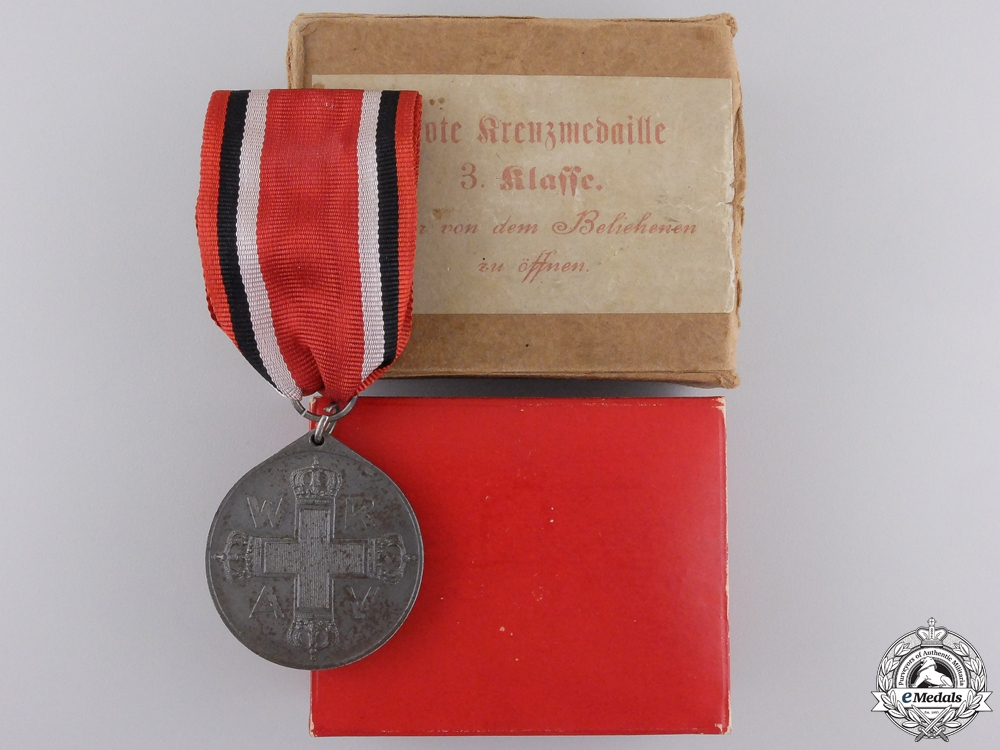 eMedals-A First War German Red Cross Medal; Third Class