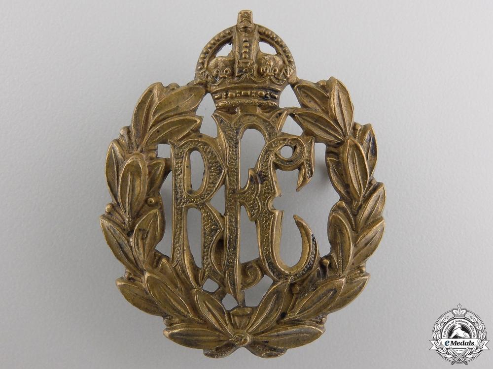 eMedals-A First War Royal Flying Corps (RFC) Cap Badge