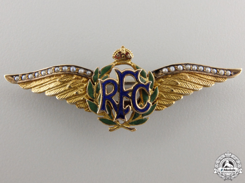 eMedals-A First War Royal Flying Corps Pin in Gold