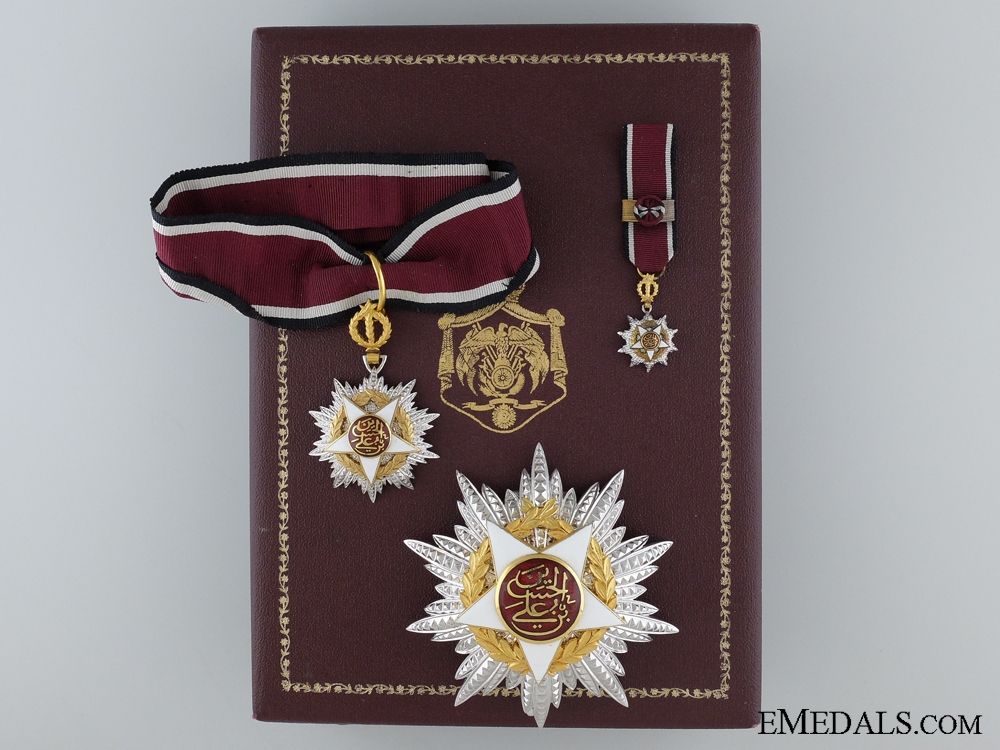 eMedals-A French-Made Order of Independence (Al Istiklal); Commander's Set
