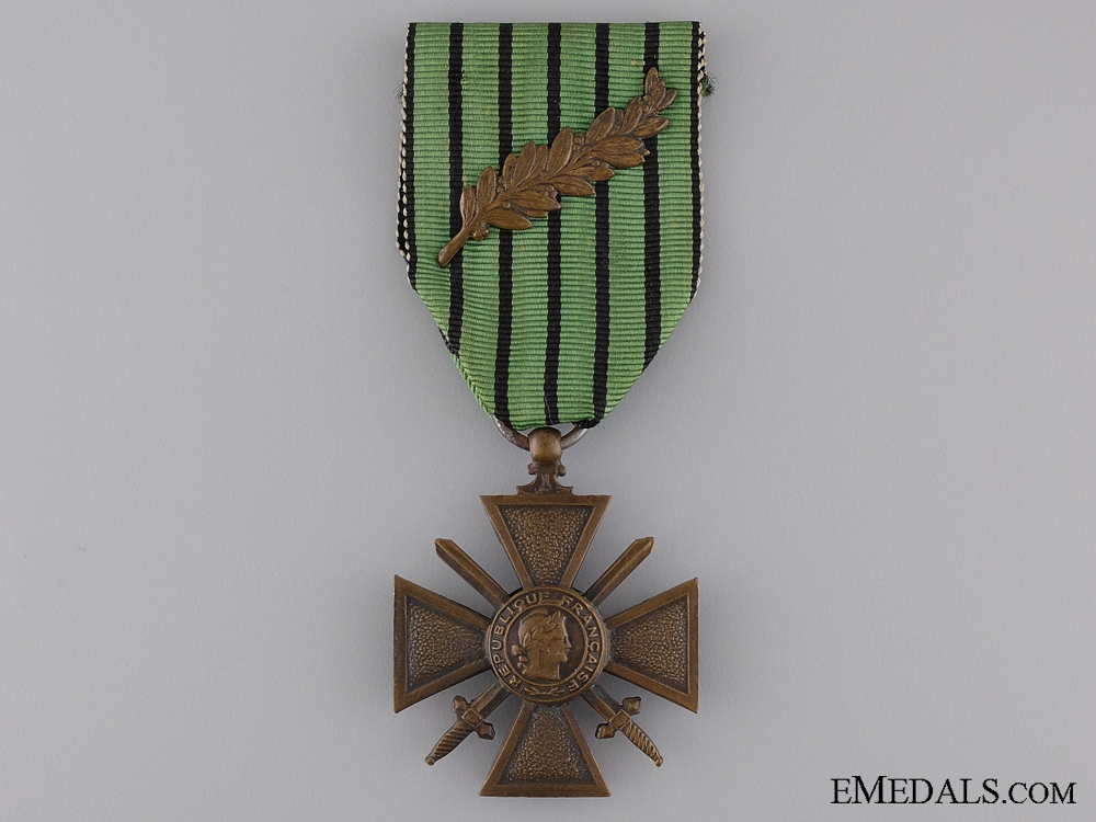 eMedals-A French WWII War Cross; Type II (Vichy Government)